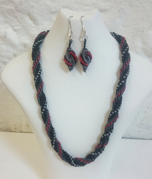 Black red and grey seed bead set